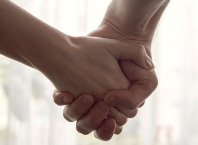 рука об руку. фото