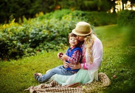 мама с сыном. фото