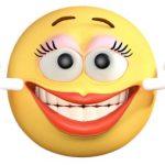 смайл, который руками растягивает себе рот в улыбку. иллюстрация