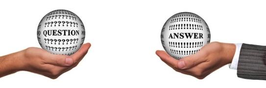 Руки, держащие шары. иллюстрация