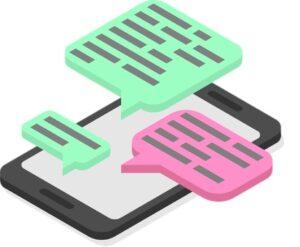 Силуэт смартфона с перепиской. иллюстрация